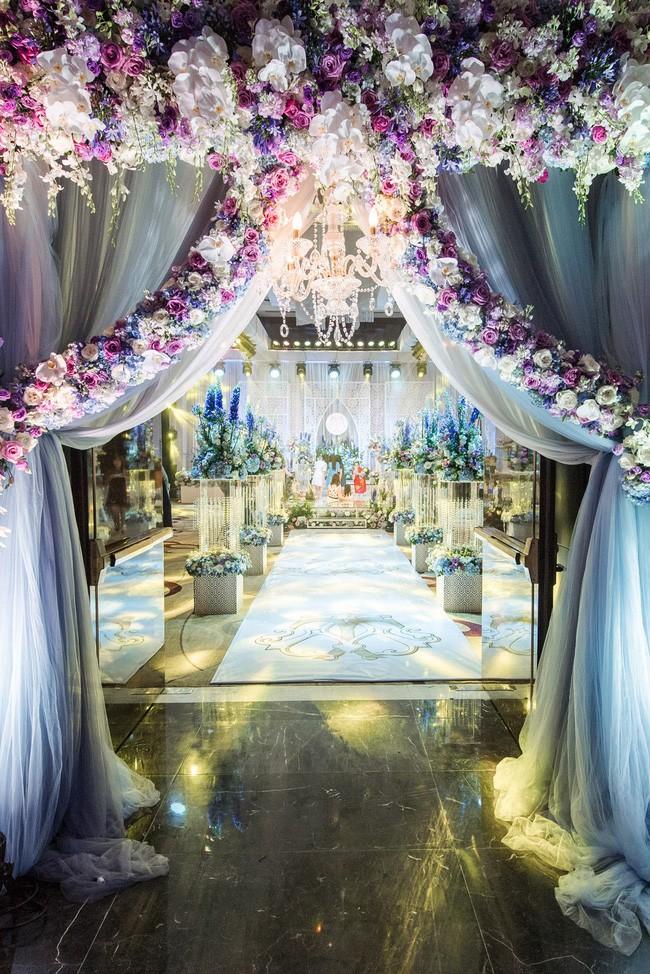 10 đám cưới Việt trong năm 2017 không phải của sao showbiz nhưng cực kỳ xa hoa khiến MXH nô nức chỉ dám nhìn không dám ước - Ảnh 20.