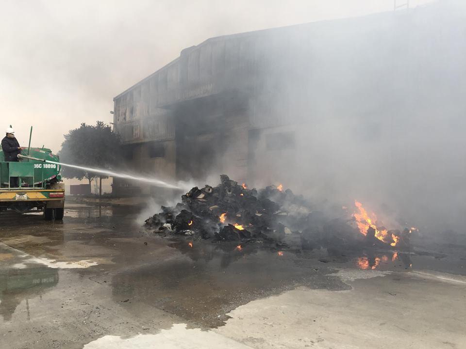 Hiện trường tan hoang sau đám cháy lớn ở Công ty bánh kẹo - Ảnh 20.