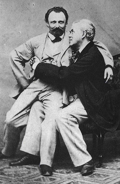 Những hình ảnh thân mật của các chàng trai cách đây 100 năm: Đồng tính không phải trào lưu - Ảnh 2.
