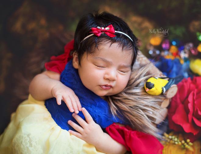 Bộ ảnh đẹp lung linh của các bé sơ sinh vào vai công chúa Disney - Ảnh 3.