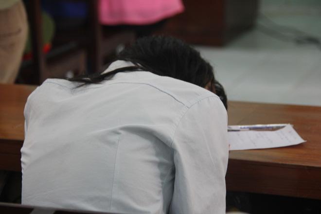 Nỗi ám ảnh của bé gái 16 tuổi có thai, em gái 13 tuổi bị bạn trai xâm hại trong đêm - Ảnh 3.