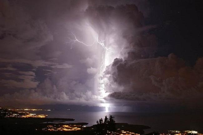 Hiện tượng thời tiết hiếm tới mức cả đời chưa chắc bạn được chứng kiến - Ảnh 3.