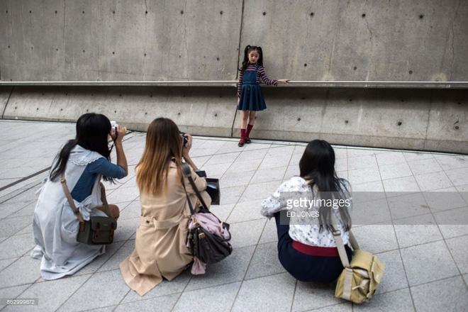 Ai là nhân vật đứng phía sau những nhóc tỳ sành điệu tại Tuần lễ thời trang Seoul? - Ảnh 3.