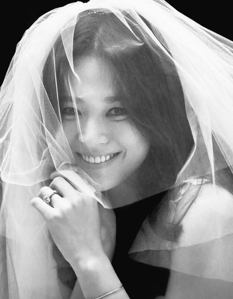 Ảnh cưới Song Joong Ki và Song Hye Kyo 3