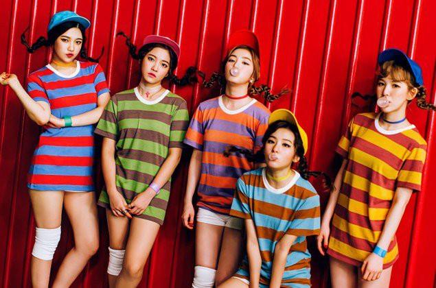 """Ám ảnh với loạt ảnh """"nhá hàng"""" cho những lần trở lại của Red Velvet"""