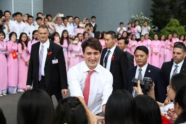 Thủ tướng Canada nói gì với sinh viên TP.HCM? - Ảnh 3.