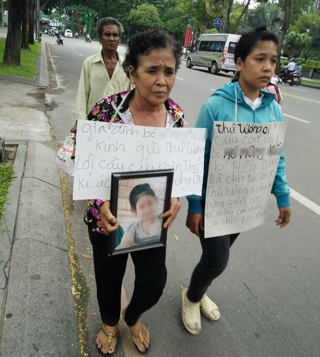 Vụ bé gái 13 tuổi Cà Mau uống thuốc tự tử nghi bị hàng xóm xâm hại: Đề nghị truy tố nghi can - Ảnh 3.