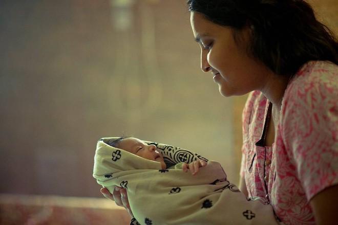 27 bức ảnh làm mẹ là nhiệm vụ quan trọng nhất trên thế gian đẹp nhất năm 2017 - Ảnh 3.