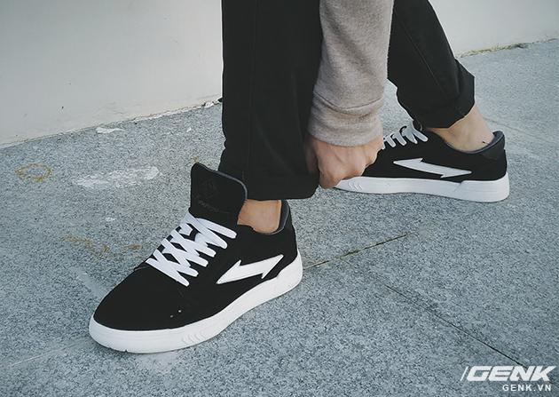 Tự thiết kế, tự sản xuất giày thương hiệu riêng, chàng trai sinh năm 1993 mang khát vọng bảo vệ đôi chân Việt - Ảnh 21.