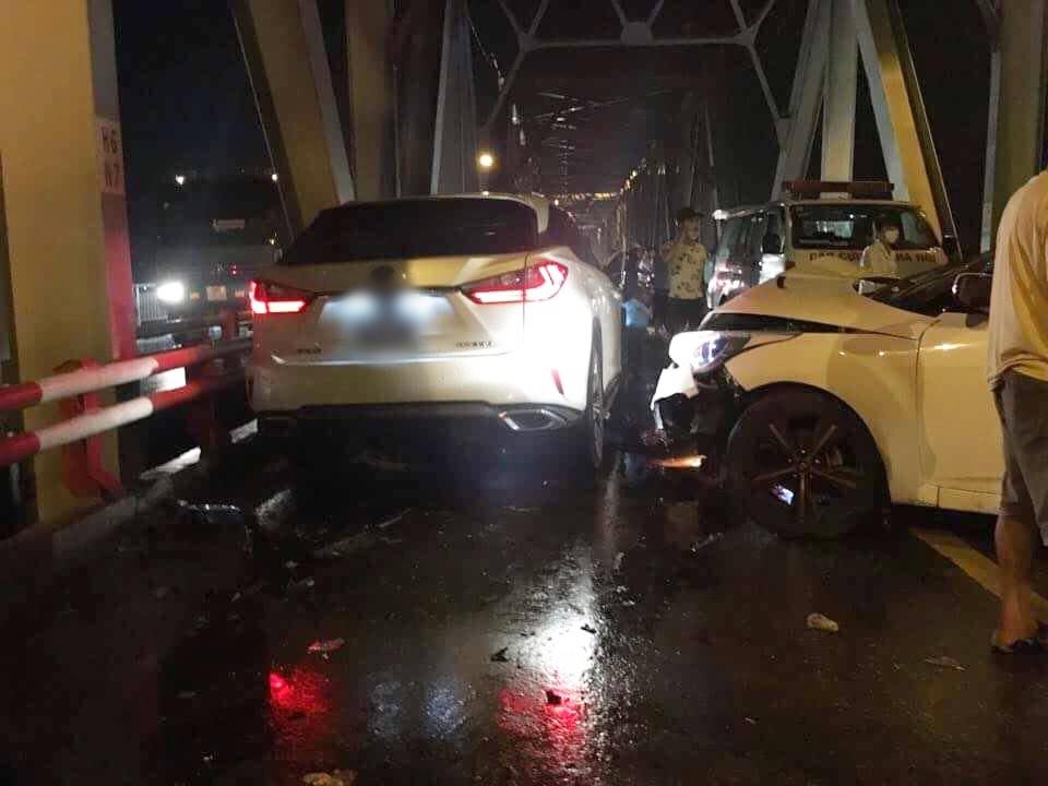 3 người thương vong sau tai nạn nghiêm trọng trên cầu Chương Dương trong đêm - Ảnh 3.