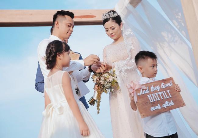 10 đám cưới Việt trong năm 2017 không phải của sao showbiz nhưng cực kỳ xa hoa khiến MXH nô nức chỉ dám nhìn không dám ước - Ảnh 23.
