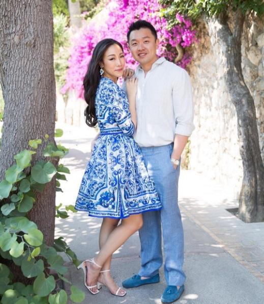 Từ một blogger thời trang, cô nàng trở thành phu nhân tỷ phú hào hoa chỉ sau một bữa tiệc - Ảnh 24.