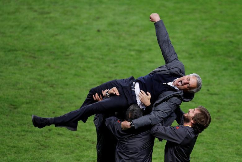 Những bức ảnh ấn tượng nhất năm 2017 được tờ Reuters bình chọn - Ảnh 29.