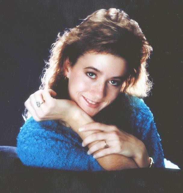 Nữ sinh 19 tuổi xinh đẹp mất tích trong buổi sáng định mệnh và bức ảnh bí ẩn 30 năm chưa có lời giải - Ảnh 4.