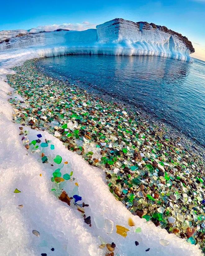 Hàng triệu mảnh thủy tinh bị vứt xuống biển, 10 năm sau điều không ai ngờ đến đã xảy ra - Ảnh 4.
