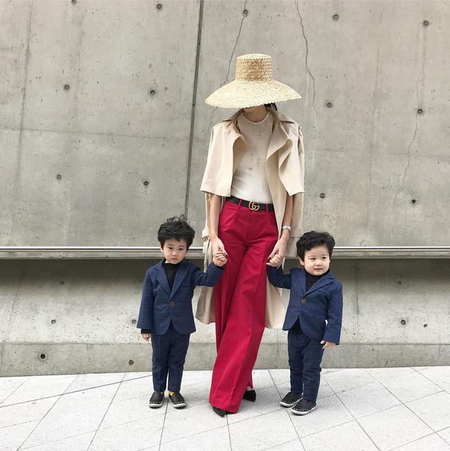 Không phá cách hay nổi loạn, Trương Thanh Trúc nổi bật với áo dài tại Tuần lễ thời trang Seoul 2017 - Ảnh 4.