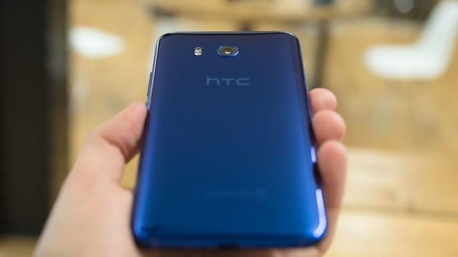 HTC U11 chính thức ra mắt, cho phép người dùng thao tác bằng cách bóp chặt - Ảnh 4.