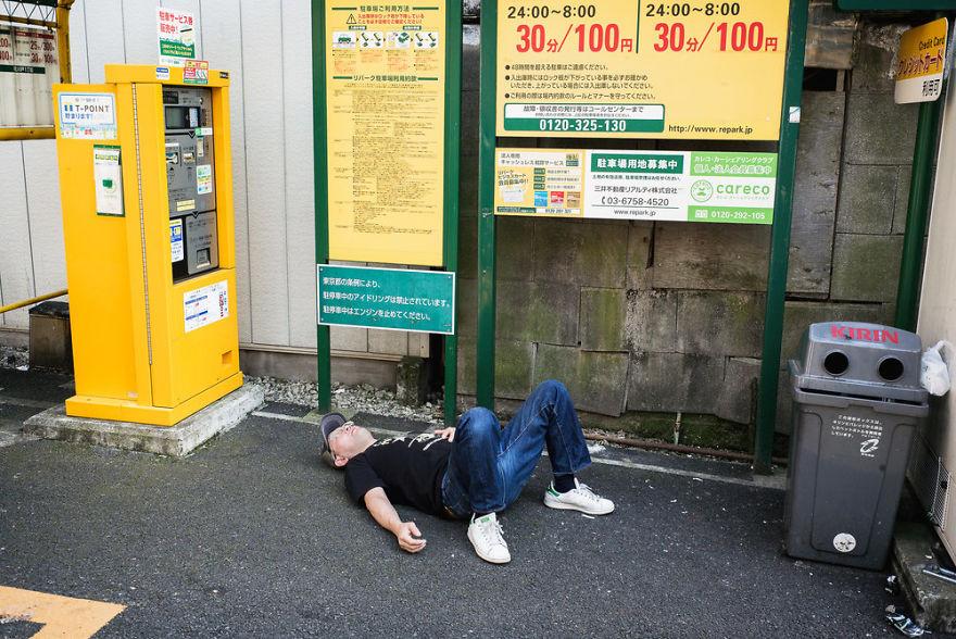 Cảnh tượng này xảy ra như cơm bữa ở Nhật Bản nhưng lý do vì sao thì không phải ai cũng biết - Ảnh 3.