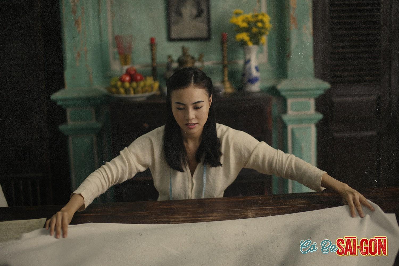 Học may áo dài theo bí kíp như cao thủ võ lâm trong Cô Ba Sài Gòn - Ảnh 1.