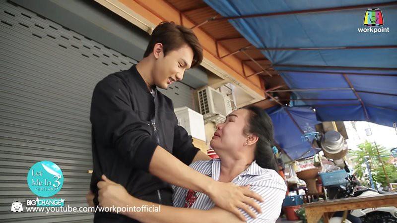 Con trai sang Hàn Quốc đập mặt xây lại, mẹ khóc lóc mừng tủi, không nhận ra vì giờ con quá đẹp - Ảnh 4.