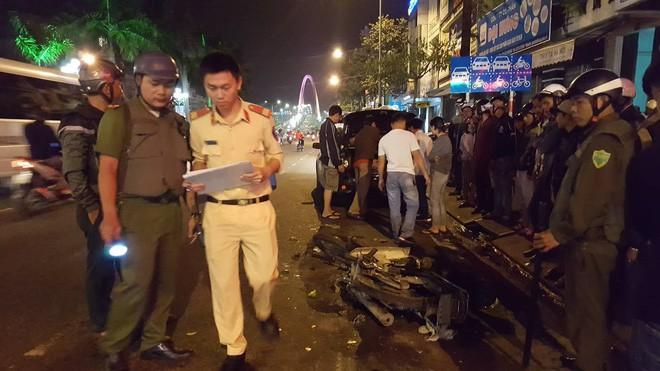 Đà Nẵng: Truy tìm người phụ nữ điều khiển ô tô gây tai nạn liên hoàn trong đêm rồi bỏ trốn - Ảnh 4.