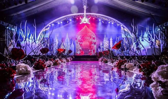 10 đám cưới Việt trong năm 2017 không phải của sao showbiz nhưng cực kỳ xa hoa khiến MXH nô nức chỉ dám nhìn không dám ước - Ảnh 34.