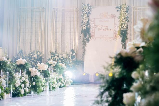 10 đám cưới Việt trong năm 2017 không phải của sao showbiz nhưng cực kỳ xa hoa khiến MXH nô nức chỉ dám nhìn không dám ước - Ảnh 38.