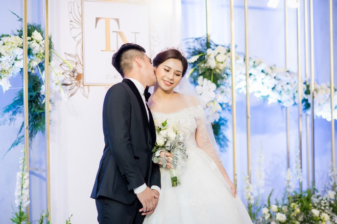 10 đám cưới Việt trong năm 2017 không phải của sao showbiz nhưng cực kỳ xa hoa khiến MXH nô nức chỉ dám nhìn không dám ước - Ảnh 39.