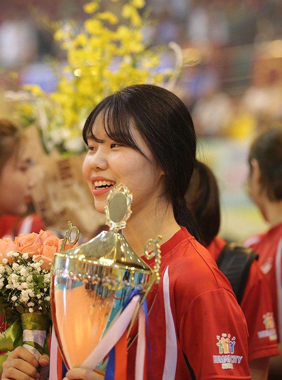 Ngắm vẻ đẹp chân dài xứ Hàn đoạt giải Hoa khôi VTV Cup - Ảnh 5.