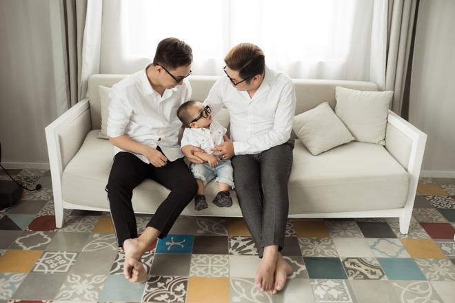 Cuộc sống hạnh phúc của cặp đôi đồng tính nam ở Sài Gòn cùng con trai hơn 1 tuổi - Ảnh 5.