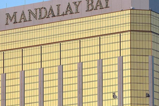 Ảnh: Góc bắn hiểm hóc của sát thủ vụ xả súng đẫm máu nhất nước Mỹ - Ảnh 5.
