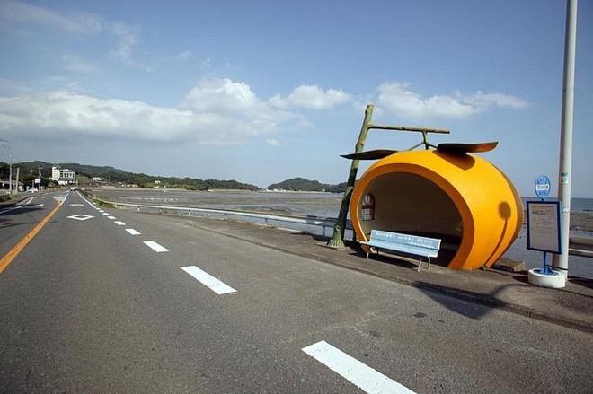 Những trạm xe buýt cực lạ khiến bạn phải thốt lên chỉ có thể là Nhật Bản - Ảnh 5.