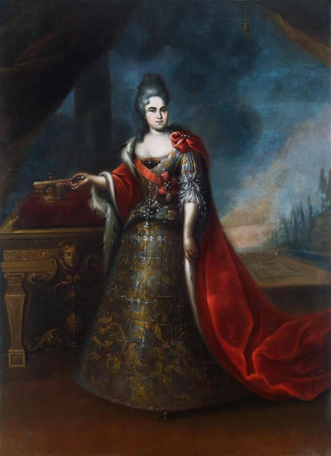 Nữ hoàng đầu tiên của nước Nga: Từ cô hầu gái không biết chữ đến người cùng vua chia sẻ ngai vàng - Ảnh 5.