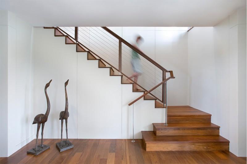 17 thiết kế cầu thang đẹp mắt được kết hợp từ gỗ và kính - Ảnh 9.