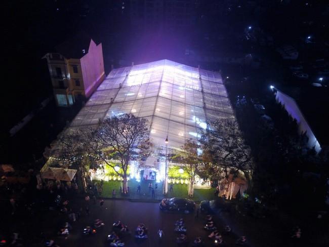 10 đám cưới Việt trong năm 2017 không phải của sao showbiz nhưng cực kỳ xa hoa khiến MXH nô nức chỉ dám nhìn không dám ước - Ảnh 5.