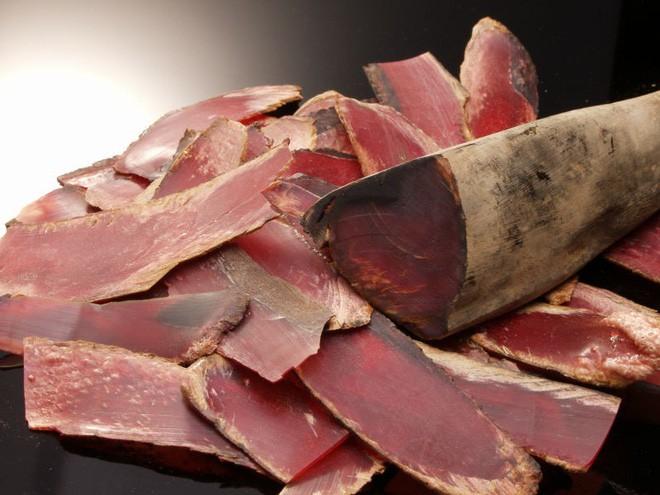 Cứng như đá, có thể mài sắc như dao nhưng đây là thứ mà ai ăn đồ Nhật cũng đã từng thưởng thức ngon lành - Ảnh 7.