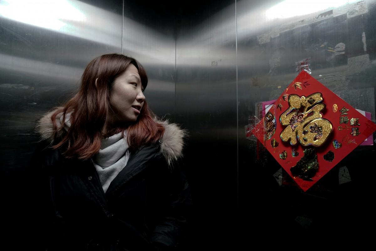 Ứng dụng cho thuê người yêu nở rộ ở Trung Quốc: Áp lực gia đình đè nặng lên vai gái ế - Ảnh 3.