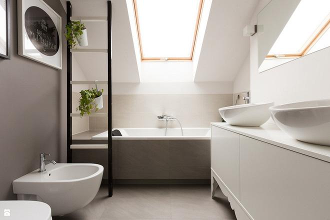 14 thiết kế phòng tắm gác mái vừa nhìn qua đã thích ngay - Ảnh 11.
