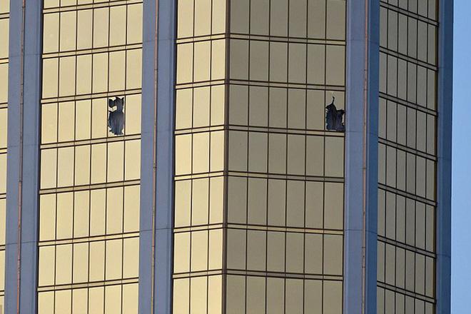 Ảnh: Góc bắn hiểm hóc của sát thủ vụ xả súng đẫm máu nhất nước Mỹ - Ảnh 6.