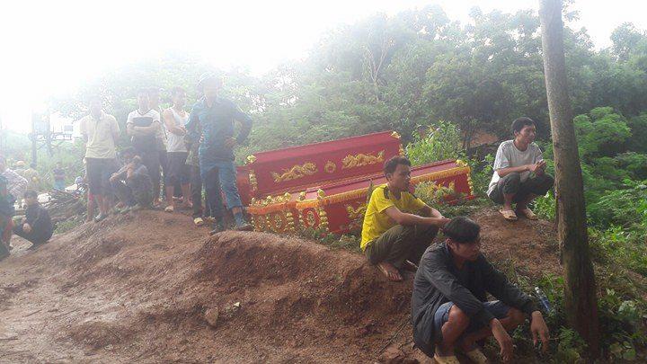 Sạt lở ở Hòa Bình: Tìm thấy 9 thi thể - Ảnh 7.