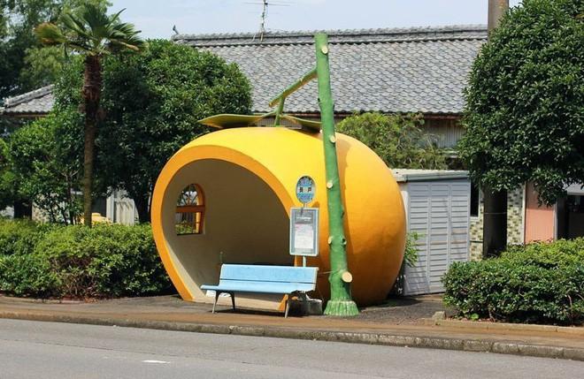 Những trạm xe buýt cực lạ khiến bạn phải thốt lên chỉ có thể là Nhật Bản - Ảnh 6.