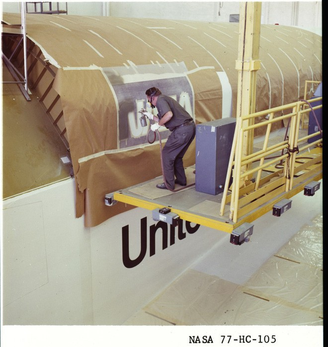Câu chuyện thăng trầm đằng sau biểu tượng con sâu ít người biết của NASA - Ảnh 6.