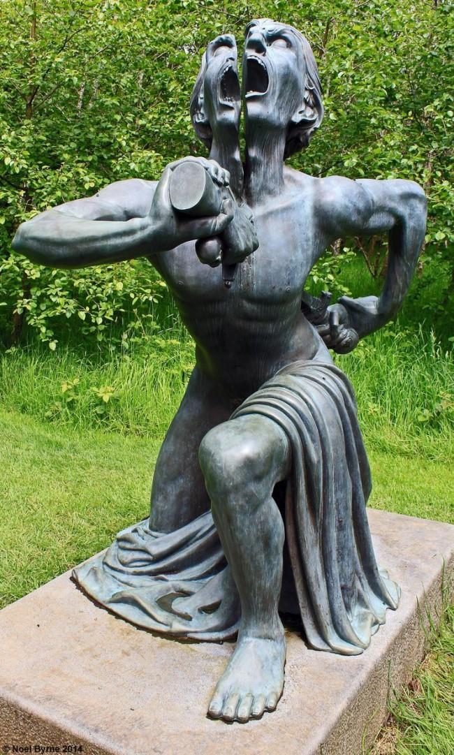 7 bức tượng khiến bạn vừa có cảm giác thích thú, vừa rùng mình run sợ - Ảnh 6.