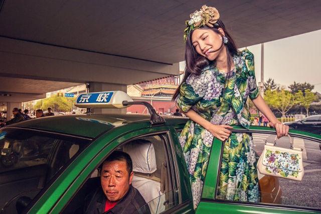 Dolce & Gabbana bị cư dân Trung Quốc chỉ trích vì bôi xấu hình ảnh quốc gia trong loạt hình mới nhất - Ảnh 7.