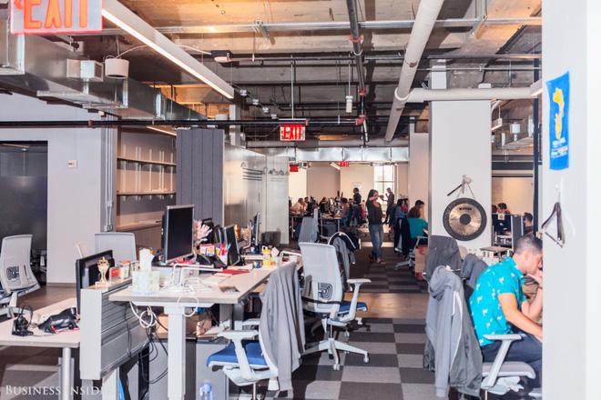 Quán cà phê, máy hát karaoke, phòng trò chơi: Đây chính xác là công ty nhà người ta bao người mơ ước - Ảnh 7.