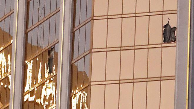 Ảnh: Góc bắn hiểm hóc của sát thủ vụ xả súng đẫm máu nhất nước Mỹ - Ảnh 7.