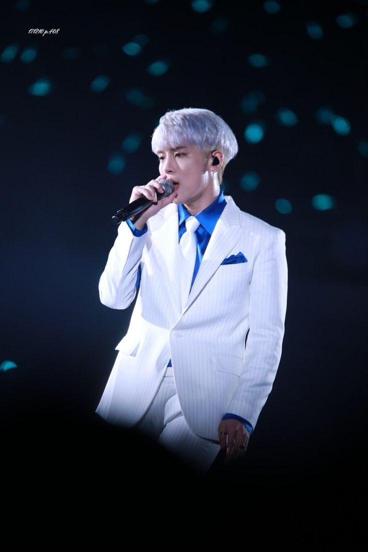 Nhìn lại sự nghiệp của Jonghyun khiến fan phải đặt dấu hỏi: Sao có thể tuyệt vọng đến mức tự tử? - Ảnh 8.