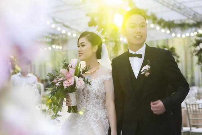 10 đám cưới Việt trong năm 2017 không phải của sao showbiz nhưng cực kỳ xa hoa khiến MXH nô nức chỉ dám nhìn không dám ước - Ảnh 7.
