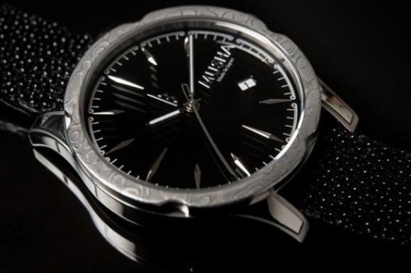 Đây là chiếc đồng hồ được tạo nên từ kỹ thuật rèn kiếm 700 năm tuổi của Nhật Bản - Ảnh 7.