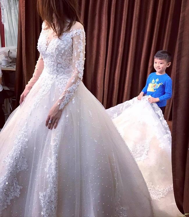 Hằng Túi chuẩn bị kết hôn lần 2 bằng đám cưới được chuẩn bị hoành tráng và công phu tới từng chi tiết - Ảnh 8.